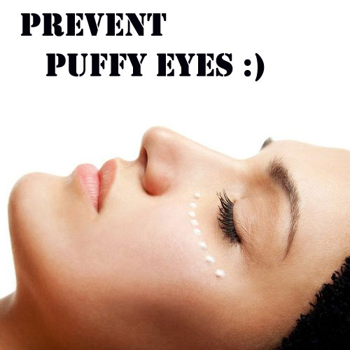 How to Reduce Dark Circles and Puffy Eyes Naturally At Home - There a lot of ways to reduce dark circles and puffy eyes. Some of these treatments can be done at home.