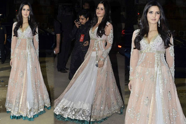 Beuties flaunts Anarkali the best! Katrina Kaif,Keira Knightley and Scarlett Johansson naked