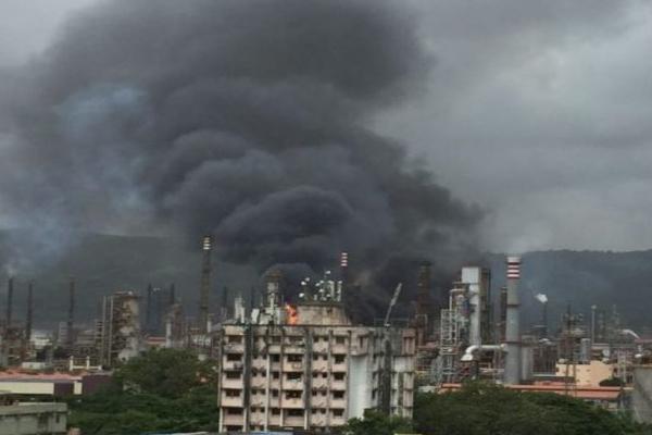 मुंबई के बीपीसीएल संयंत्र में आग, 21 घायल