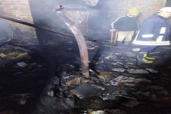 दिल्ली में कबाड़ की दुकान में आग लगने से 3 की मौत