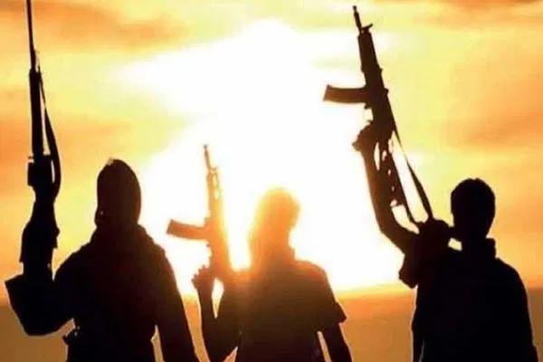 इराक में हवाई हमले में 4 आईएस आतंकी ढेर