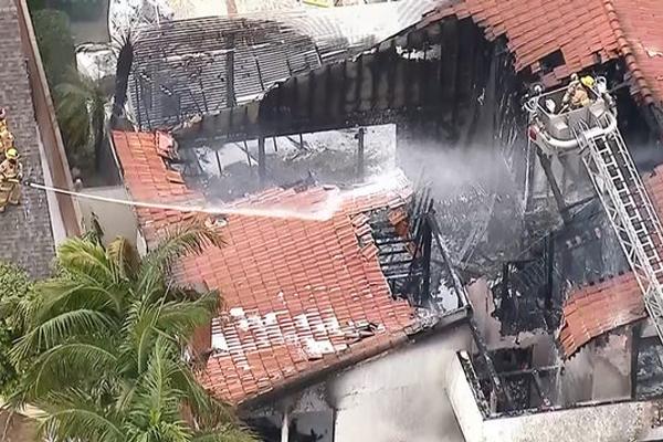 कैलिफोर्निया में विमान दुर्घटना में 5 की मौत