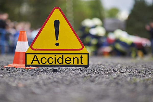 उप्र में सडक़ दुर्घटना, 5 की मौत