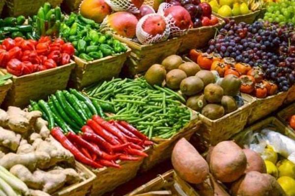 किसान आंदोलन से 50 फीसदी घटी फलों, सब्जियों की आवक; दाम बढ़ने के आसार