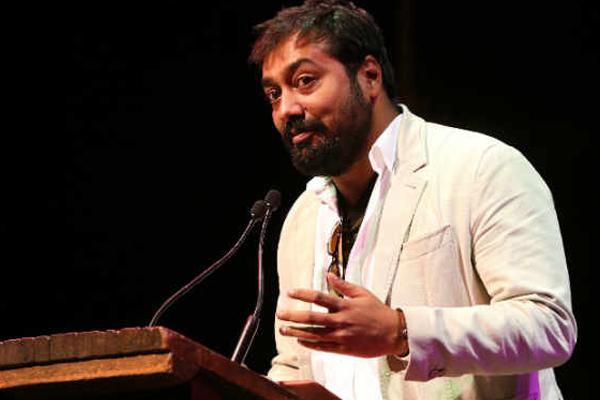 फर्जी सोशल मीडिया खातों खातों से सावधान रहें : अनुराग कश्यप