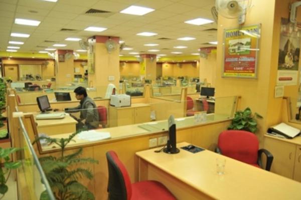 उत्तर प्रदेश में सिर्फ 4 घंटे के लिए खुलेंगे बैंक