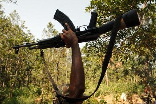 बिहार : नक्सलियों ने शिक्षक की गोली मारकर हत्या की