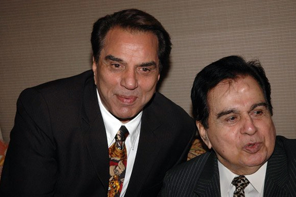 धर्मेद्र ने दिलीप कुमार के साथ अपने रिश्ते को याद किया