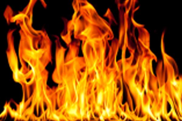 वाराणसी हवाईअड्डे पर आग