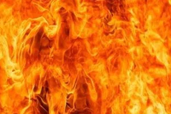 बिजनौर में पटाखा बनाते समय लगी आग, 5 की मौत