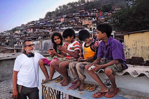 फिल्म 'मेरे प्यारे प्रधानमंत्री' का फर्स्ट लुक जारी