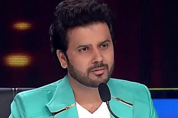 मुझे अक्सर पेचीदे गीत गाने को मिलते हैं : जावेद अली
