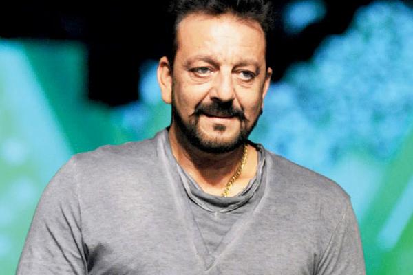 मैं किसी राजनीतिक दल में शामिल नहीं हो रहा : संजय दत्त