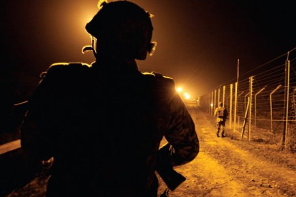 नियंत्रण रेखा पर भारत, पाकिस्तान के बीच गोलीबारी