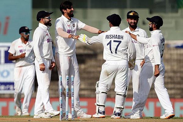 तीसरे टेस्ट मैच में भारत ने फिर से दिखाया कमाल, सिर्फ़ दो दिनों में जीता मैच