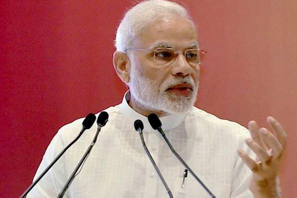 भारत चिप आधारित ई-पासपोर्ट जारी करेगा : मोदी