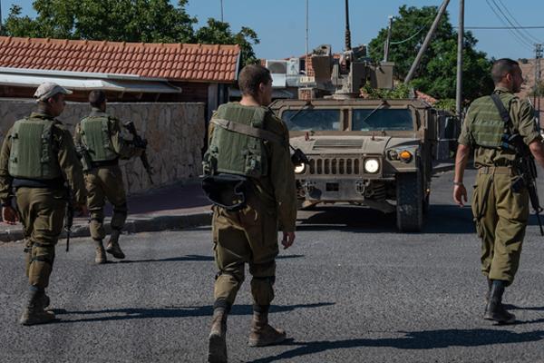 हिजबुल्ला के ठिकानों पर इजरायल ने किए हवाई हमले
