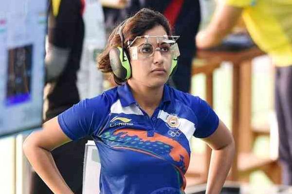 निशानेबाजी विश्व कप : मनु, हीना फाइनल से चूकीं