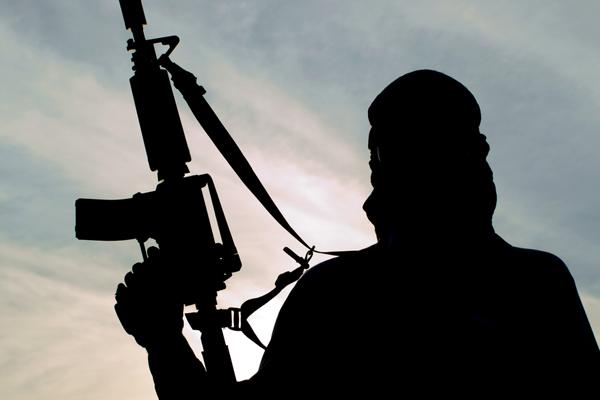 जम्मू एवं कश्मीर में आतंकवादी ठिकाने का भंडाफोड़