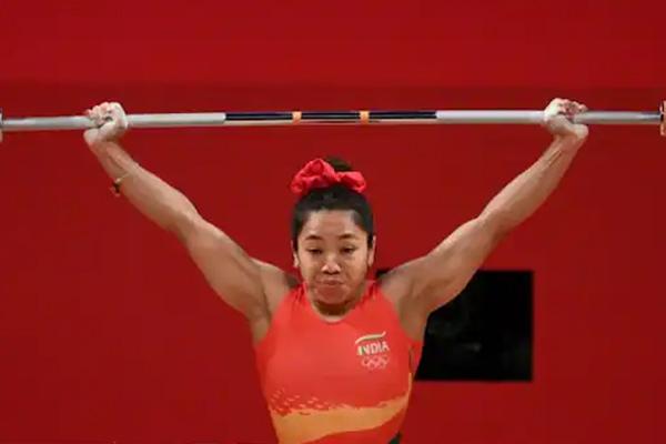 ओलंपिक (भारोत्तोलन) : मीराबाई ने भारत के लिए जीता रजत