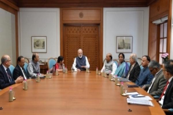मोदी ने सीसीएस बैठक की अध्यक्षता की, भारतीय वायु सेना हाई अलर्ट पर