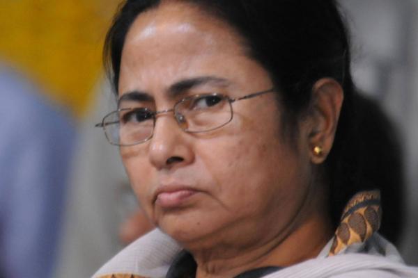 मेरा फोन टेप किया जा रहा है : ममता बनर्जी