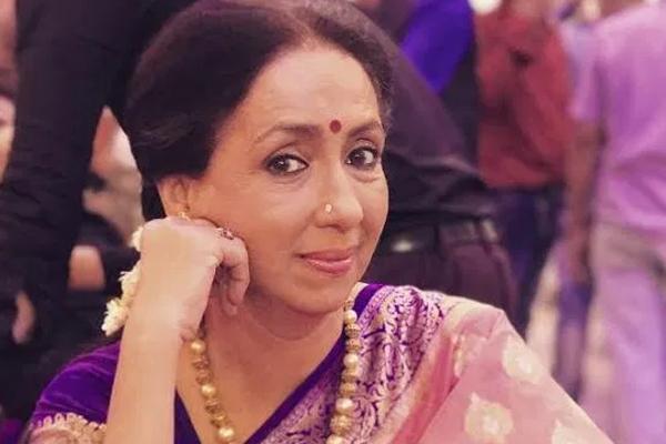 नीना कुलकर्णी: आजकल पर्दे पर मेरे पति अक्सर मुझसे छोटे होते हैं!