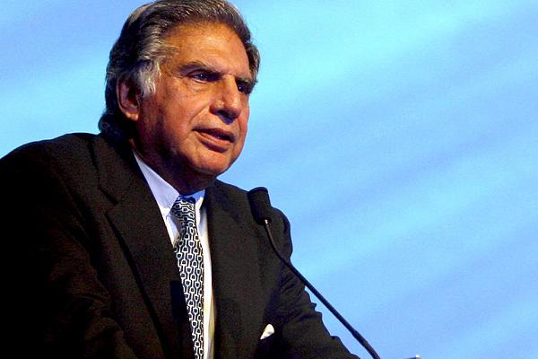 नुस्ली वाडिया ने रतन टाटा के खिलाफ अवमानना मामला वापस लिया