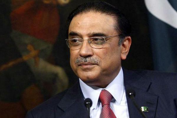 पाकिस्तान : जरदारी के देश छोडऩे पर प्रतिबंध