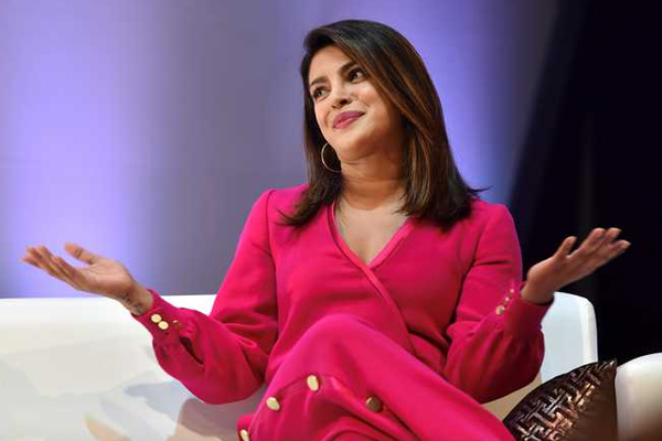 हॉलीवुड में किसी ने मेरे लिए रास्ते नहीं बनाए हैं : प्रियंका चोपड़ा