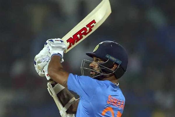 सबसे तेजी से 5,000 वनडे रन बनाने वाले दूसरे भारतीय बने धवन