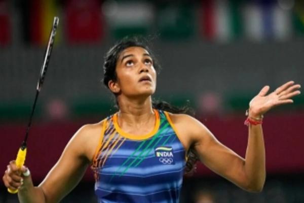 ओलंपिक (बैडमिंटन) : आसान जीत के साथ नॉकआउट में पहुंचीं सिंधु