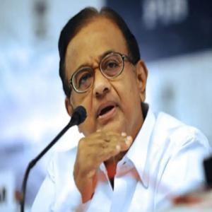 मुद्दों पर चर्चा करने से इनकार कर भाजपा लोकतंत्र को दबा रही : चिदंबरम