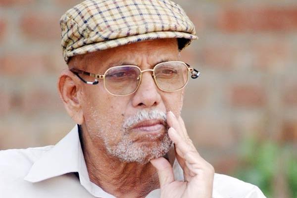 दिग्गज कोच आचरेकर को नम आंखों से विदाई
