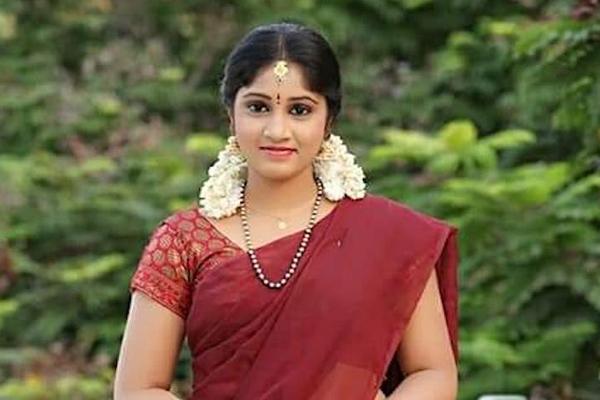 तेलुगू टीवी अभिनेत्री ने हैदराबाद में आत्महत्या की