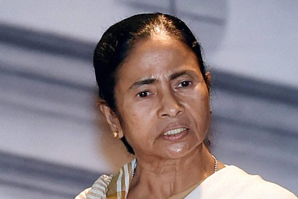 बंगाल सरकार प्रवासियों को शरण देने को तैयार : ममता बनर्जी