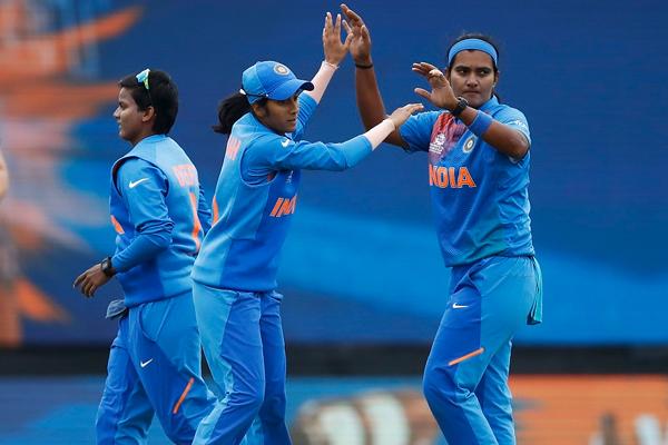 महिला टी-20 विश्व कप : भारत ने न्यूजीलैंड को 4 रनों से हराया