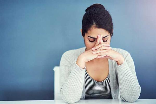 भारत में 2 में से 1 कामकाजी महिला महामारी-तनाव से पीड़ित