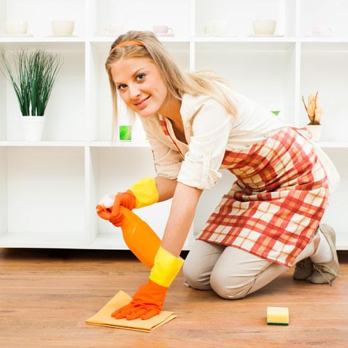 5 स्मार्ट टिप्स:घर का वुडन फ्लोरिंग रहे चमकदार