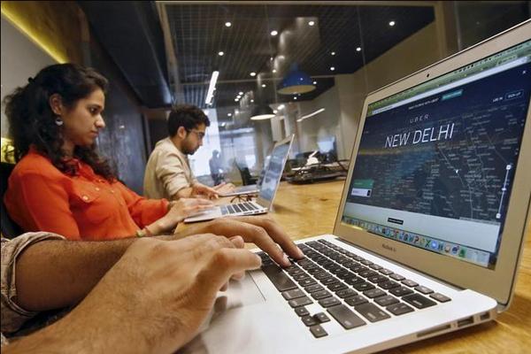 देश में इंटरनेट प्रयोग करने वाले 45.1 करोड़ लोगों में 67 फीसदी पुरुष