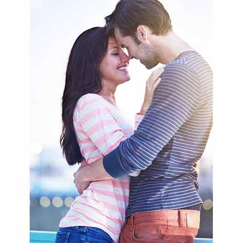 पतिदेव से Flirt करने के 7 Formula