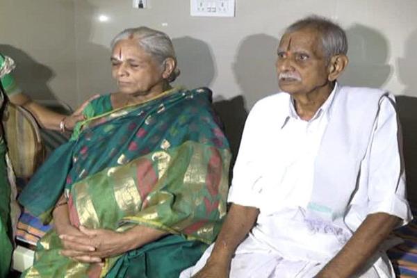 74 वर्ष की महिला ने जुड़वां बच्चों को दिया जन्म