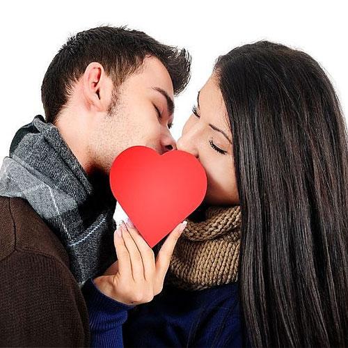 8 अंदाज Lip lockके,Life में रोमांस रखे बरकरार