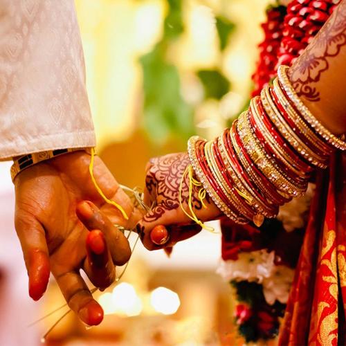 8 Smart roles: वैवाहिक जीवन में बना रहे प्यार...