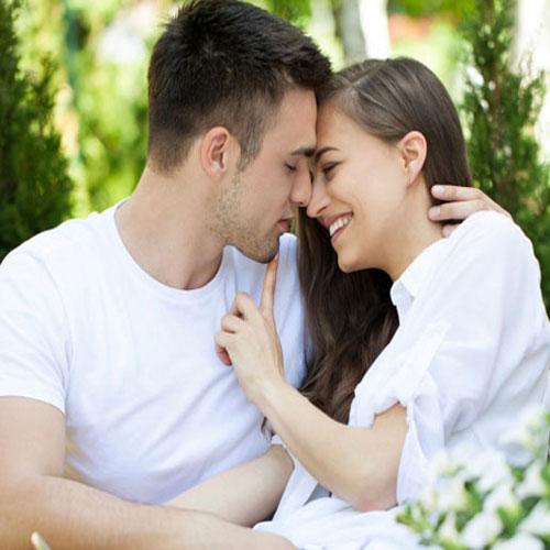 इन 6 वजहों से पुरूष नहीं कहते I love you