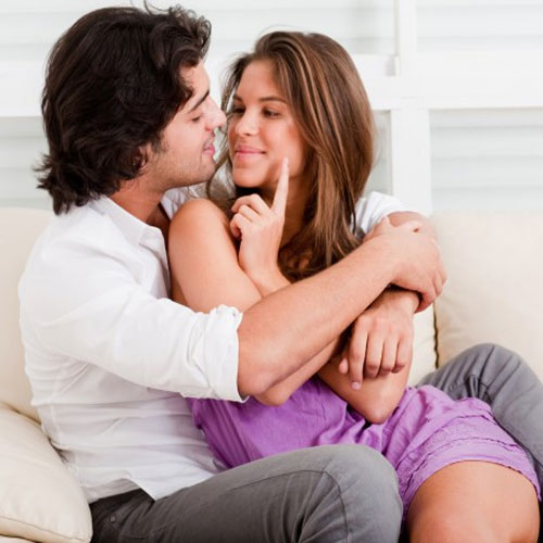 Romantic रिश्ते जवां रखने के 6 फार्मूले