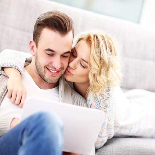 कमाल के टिप्स:बेजान होते रिश्ते में फिर से प्यार के नए रंग