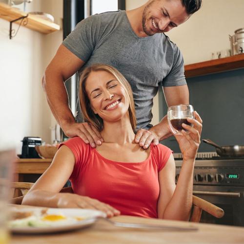 कमाल के तरीके: पति देव रहेंगे आपके काबू में