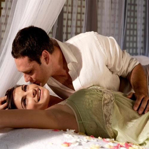 रोमांटिक लाइफ में कैसे आती हैं अडचनें