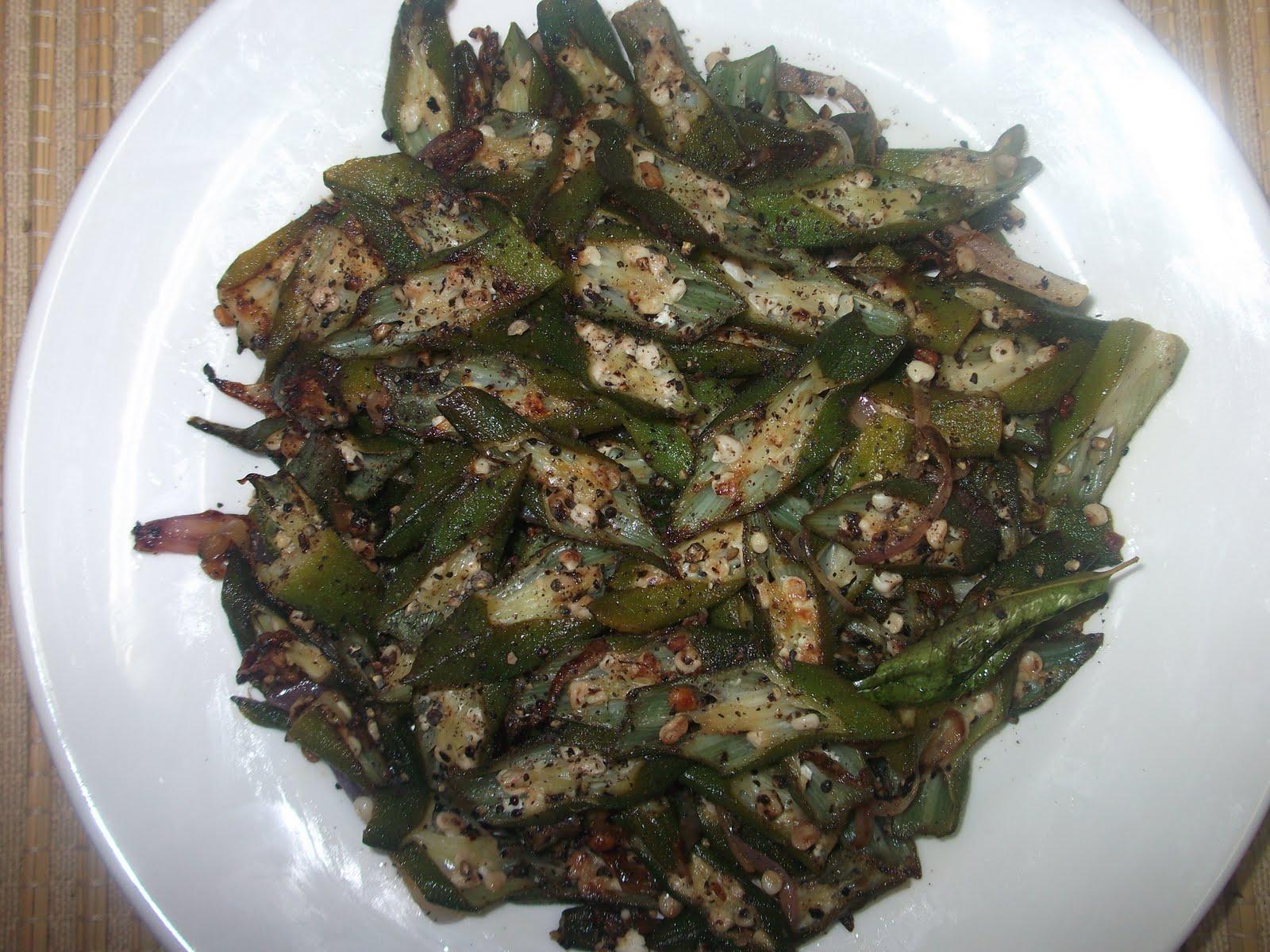 स्वादिष्ट और हेल्दी Bhindi Pepper Fry ऐसे बनाएं...